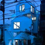 dzn_Tokyo_Apartement_by_Fujimoto12