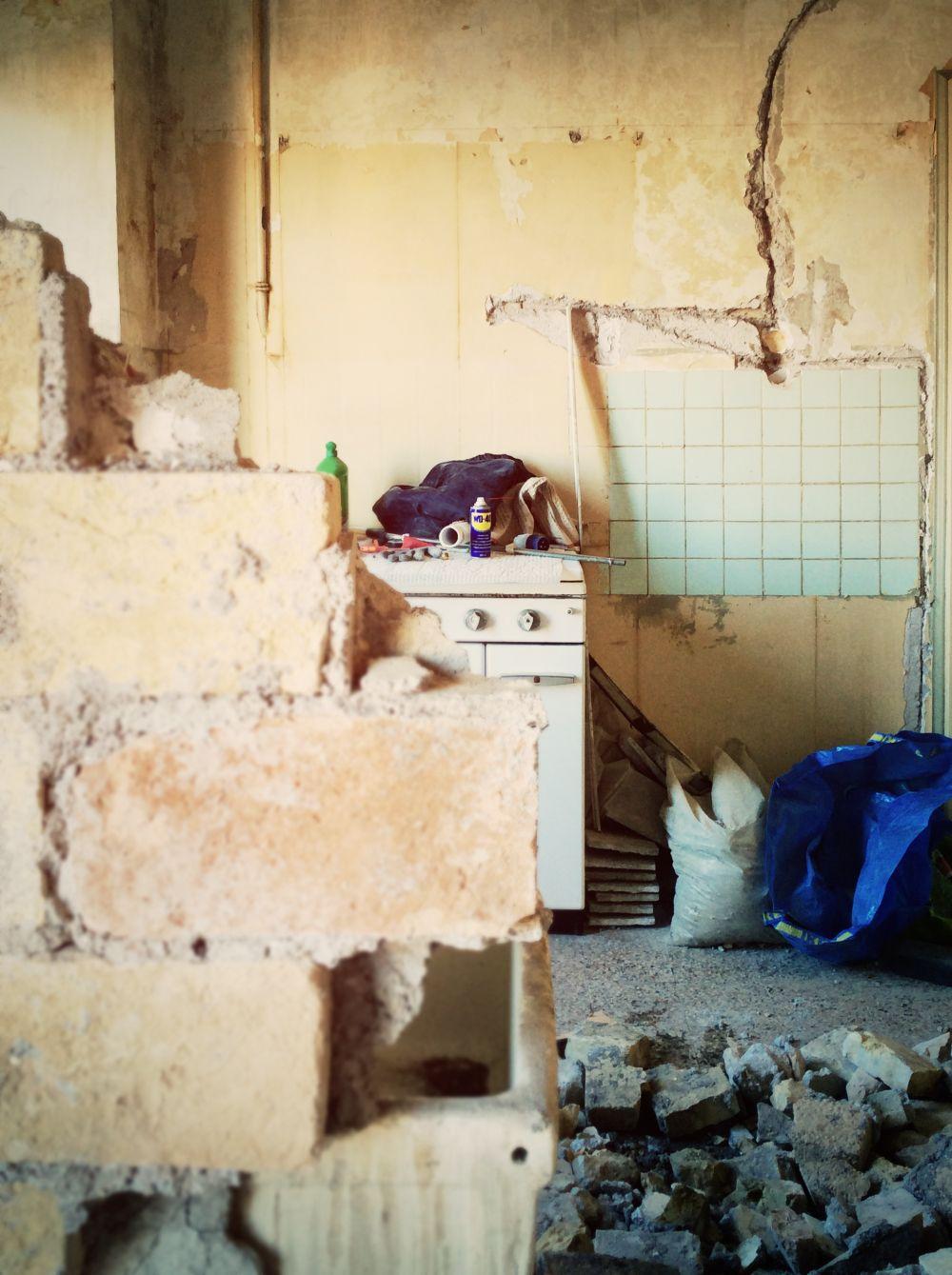 Ristrutturazione appartamento roma porta maggiore 02a - Apertura porta su muro portante ...