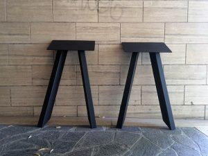 Coppia di gambe in ferro per tavolo su misura