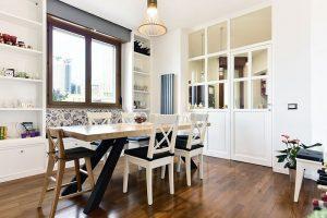 Vetrata tra cucina e sala da pranzo