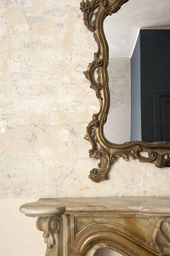 Camera da letto con specchio