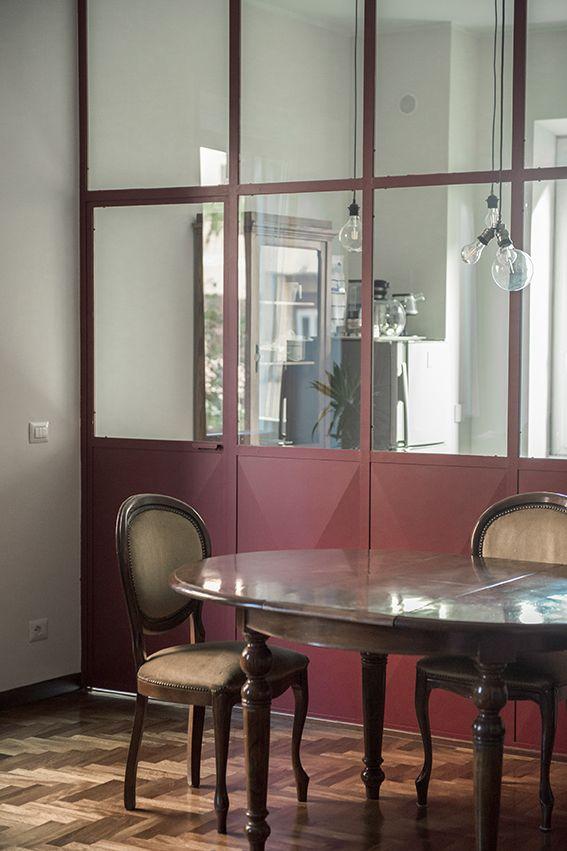 Dettaglio vetrata tra cucina e pranzo